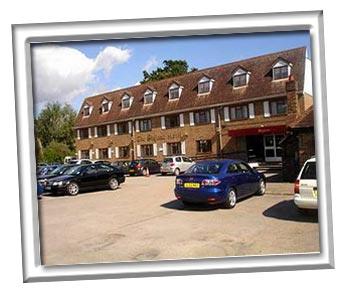 Gatwick hotel with Parking Days Inn Hotel